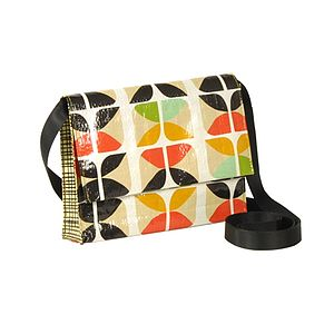 Q Lux Crossbody Bag