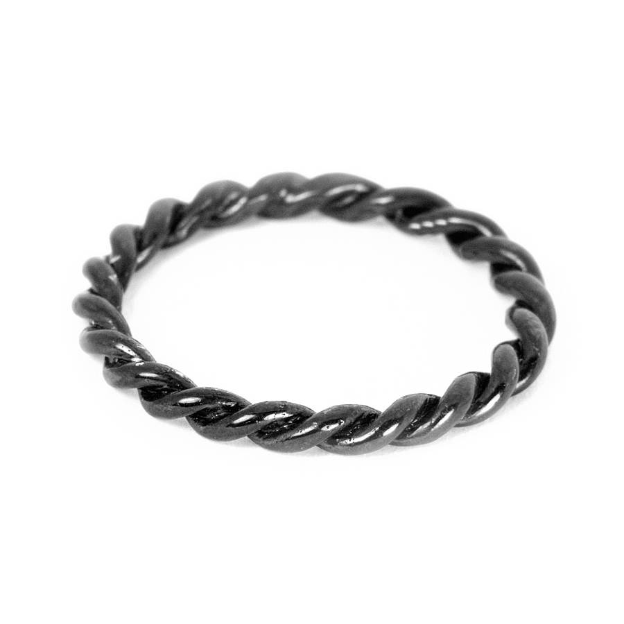 ringe black singles Free shipping lifetime warranty since 2002, 90 day returns modern men's jewelry - black titanium, tungsten, damascus steel, meteorite and other materials let us help you.