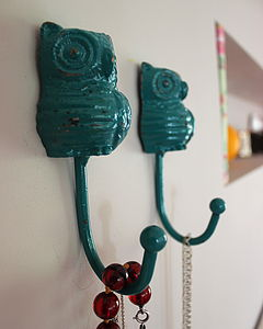 Totally Teal Owl H O Ok - hooks, pegs & clips