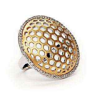 Golden Honeycomb Ring - gold & diamonds