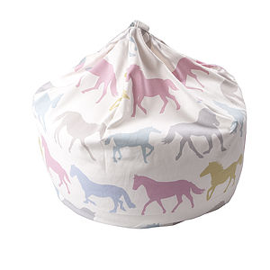 Horse Lovers Beanbag - bedroom