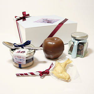 Snow White Collection Chocolate Gift Set - food & drink