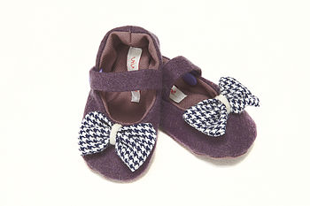 Handmade Baby Shoes With Bow