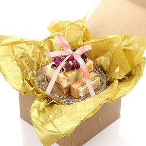Rose Natural Soap Selection With Soap Dish - gift sets