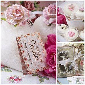 BEST SELLER Small Bath Range Vintage Gift Box - bath & body