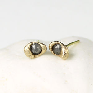 Sunken Grey Diamond Stud Earrings - earrings