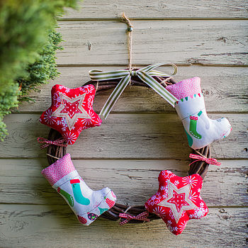 Stars & Stockings Festive Wreath