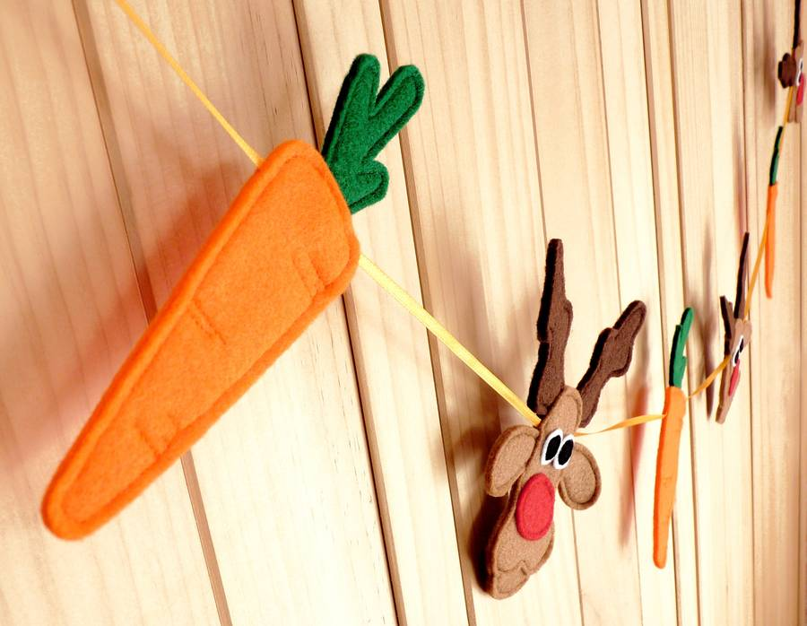 Felt Rudolph And Carrot Christmas Bunting