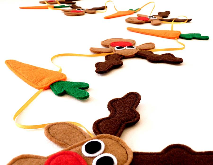 Rudolph Christmas Decorations.Felt Rudolph And Carrot Christmas Bunting