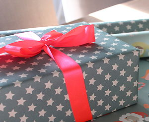 Large Star Wrapping Paper Pack