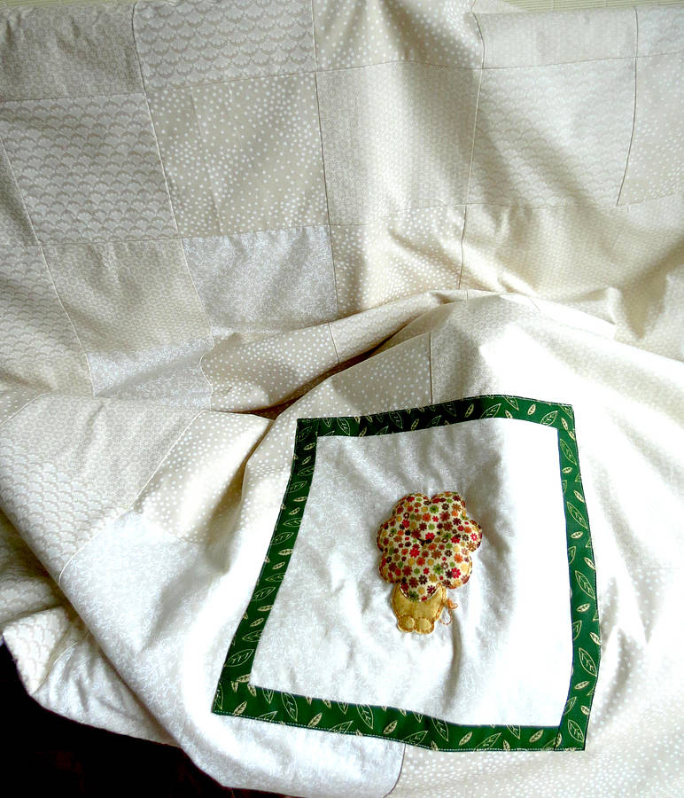 Little Lion Applique Cot Quilt