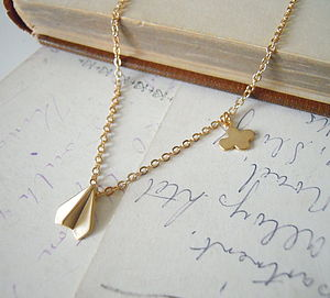 Flying Necklace - on trend: origami jewellery