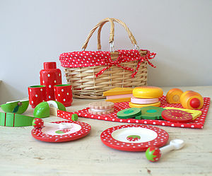 Toy Picnic Basket With Food And Crockery - play scenes