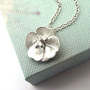 Rosa Primula Flower Necklace