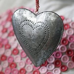 BEST SELLER Tin Heart - wedding favours