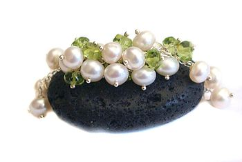 Pearls Green Peridot Cluster Silver Necklace