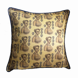 'Favorie' Designer Luxury Cushion Cover