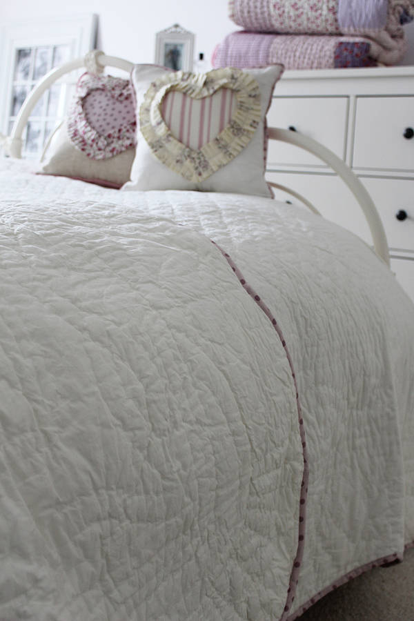 Quilted Scallop Edge Bedspread By Lime Tree London