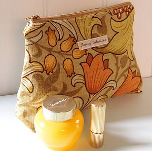 Make Up Bag William Morris Golden Lily - bathroom
