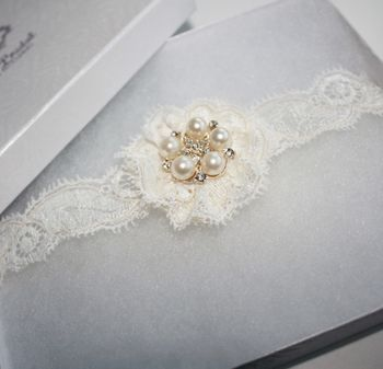 'Simply Lace' Garter