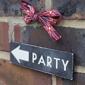 Reversible Wooden Party Sign
