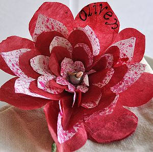 Carnival Paper Flower Place Setting