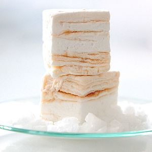 Salted Caramel Marshmallows - food & drink gifts