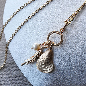 Oyster And Pearl Cluster Neckace - gifts for her sale