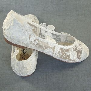 Vintage Style Lace Flat Wedding Shoes - shoes