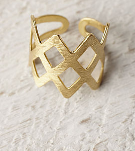Gold Criss Cross Ring - rings