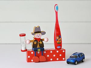 Cowboys Wooden Toothbrush Holder And Timer