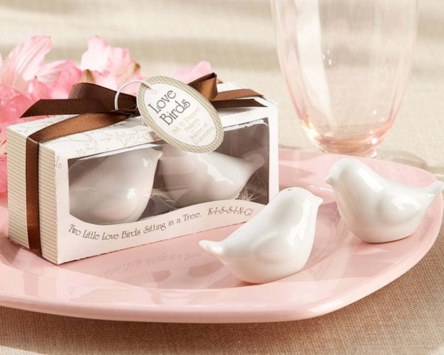 Lovebirds Ceramic Salt And Pepper Shakers
