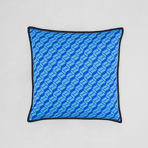 Geometric Cubes Pattern Lambswool Cushion - cushions