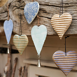 Hanging Hearts - decorative accessories