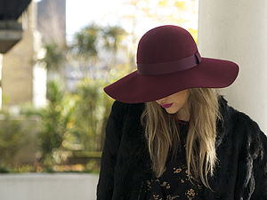 Floppy Wool Hat With A Tonal Ribbon - womens