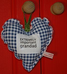 Family Member Slogan Padded Heart