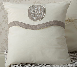 Decorative Rosa Cushion Cover - cushions