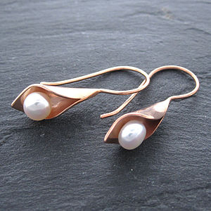 Calla Lily Rose Gold Pearl Short Drops - earrings