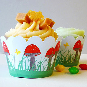 Toadstool Cupcake Wrappers - cupcake cases