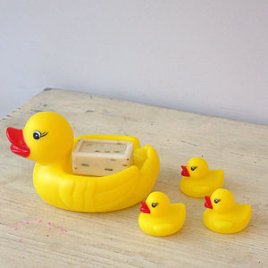 Mummy And Baby Bath Time Duck Family - bathtime