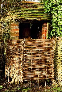 Hazel Garden Tidy   Two Panels - garden furniture