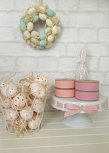 Mini Egg Wreath - best easter gift ideas