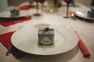 100 Bespoke Tinned Wedding Favours - edible favours