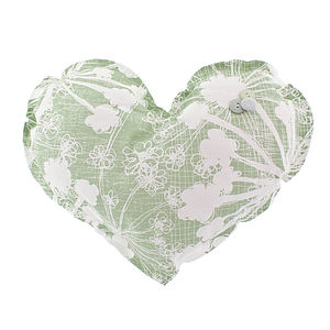Cow Parsley Large Heart Decoration - cushions