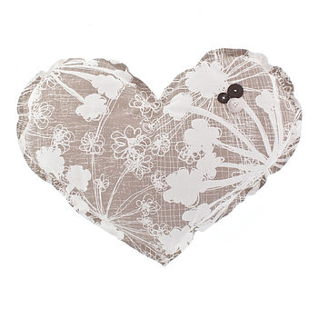 Cow Parsley Large Heart Decoration Cushion
