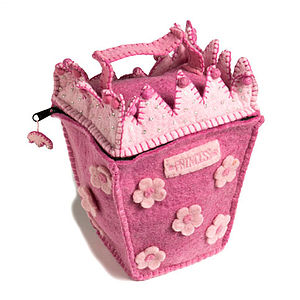 Pink Felt Princess House Bag - play scenes