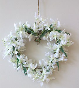 Snowdrop Heart Wreath - flowers & plants