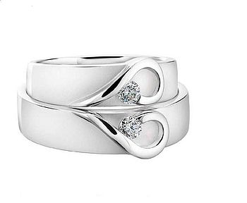 His And Hers White Gold Heart Wedding Bands