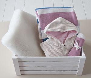 Going Out Wool Gift Hamper