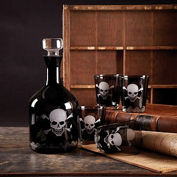 Black Skull Glass Decanter And Tumblers